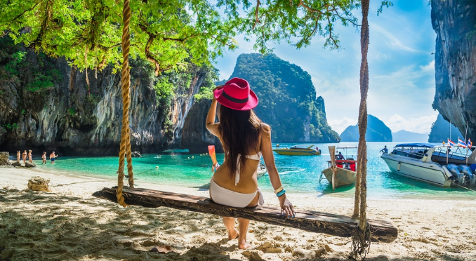 Chinese tourists surpass European in Thailand